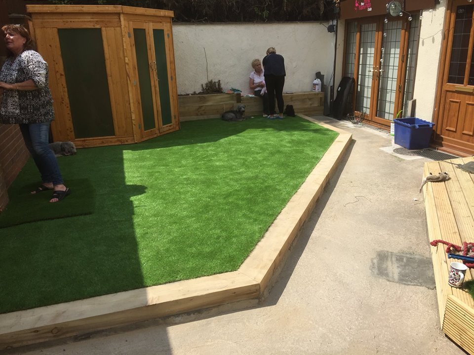 a new artificial lawn in Nottingham